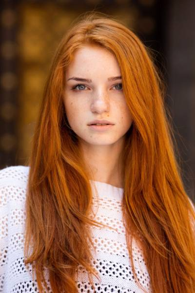 Sit Back And Enjoy The Heavenly Beauty Of Redheads (37 pics)