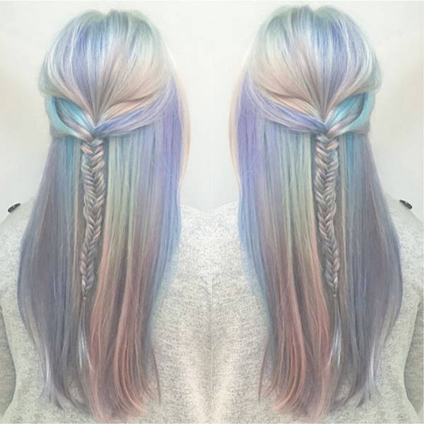 Now You Can Have A Hologram On Your Own Hair (33 pics)