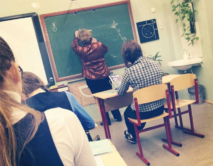 Slow Student Gets The Ultimate Revenge On An Evil Teacher (12 pics)