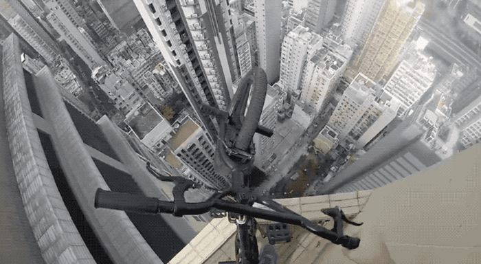 GIFs That Will Remind You Why You Should Be Scared Of Heights (25 gifs)