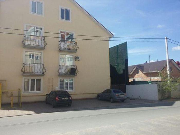 Wonderful Neighbor Solves A Big Problem (5 pics)