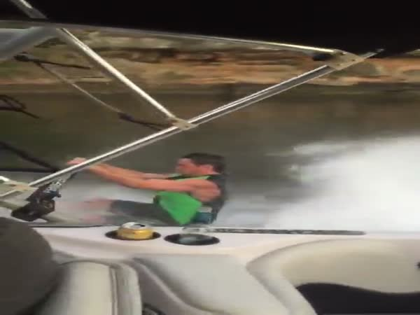 Bro Tries Showing Off By Chugging A Beer While Barefoot Skiing