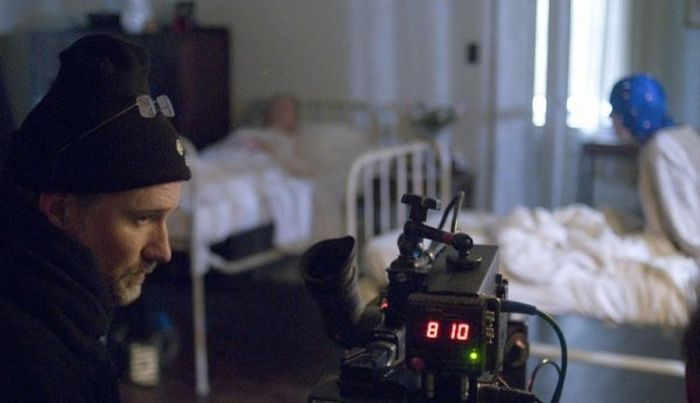 Behind The Scenes Photos From The Curious Life Of Benjamin Button (35 pics)