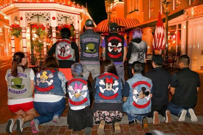 Disney Themed Biker Gangs (12 pics)