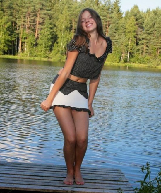 Gorgeous Girls Who Will Make You Smile From Ear To Ear (28 pics)