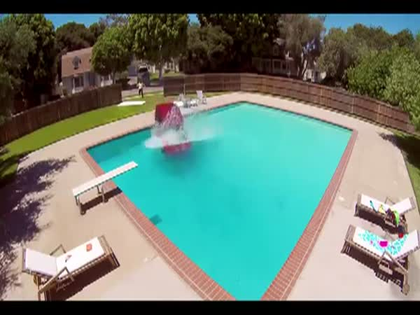Car Snaps Tow Line And Crashes Into Neighbors Pool