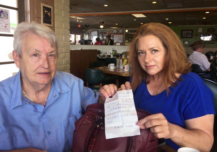 Sierra Vista Woman Finds Shocking Note In Her Purse (2 pics)