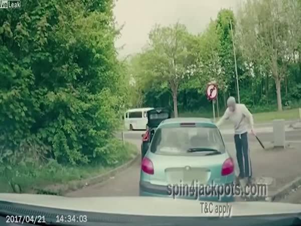 Brutal Road Rage Fight Dashcam Footage