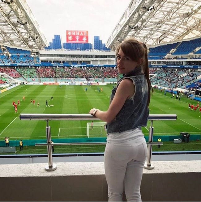 Sexy Russian Football Fans (35 pics)