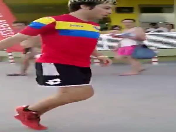 Soccer Street Performer Has Some Amazing Juggling Skills