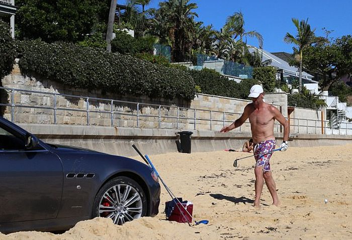 This Guy's Definitely Having A Mid-Life Crisis (7 pics)