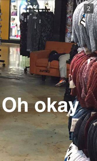 Working In Retail Is Like Working In The Twilight Zone (20 pics)