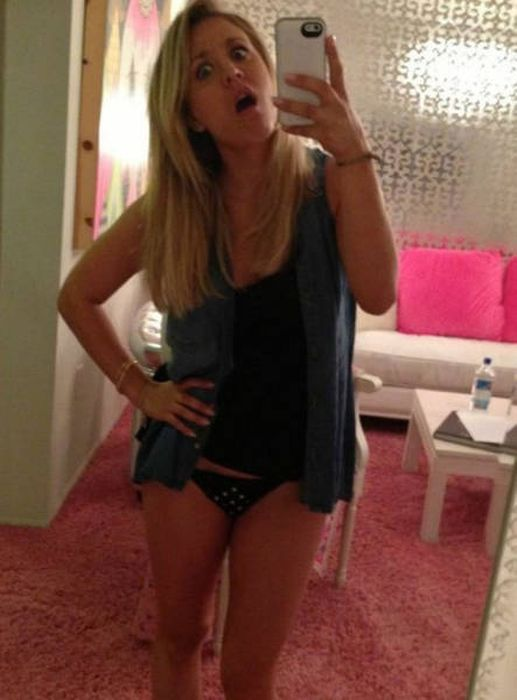 Blondes Are Definitely A Different Species (49 pics)