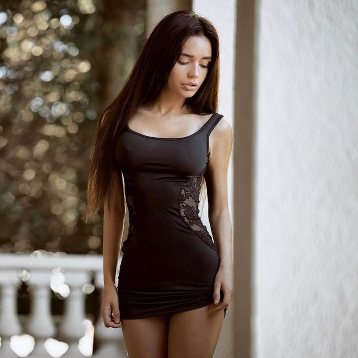 Girls In Short Dresses Will Never Not Be Sexy (40 pics)
