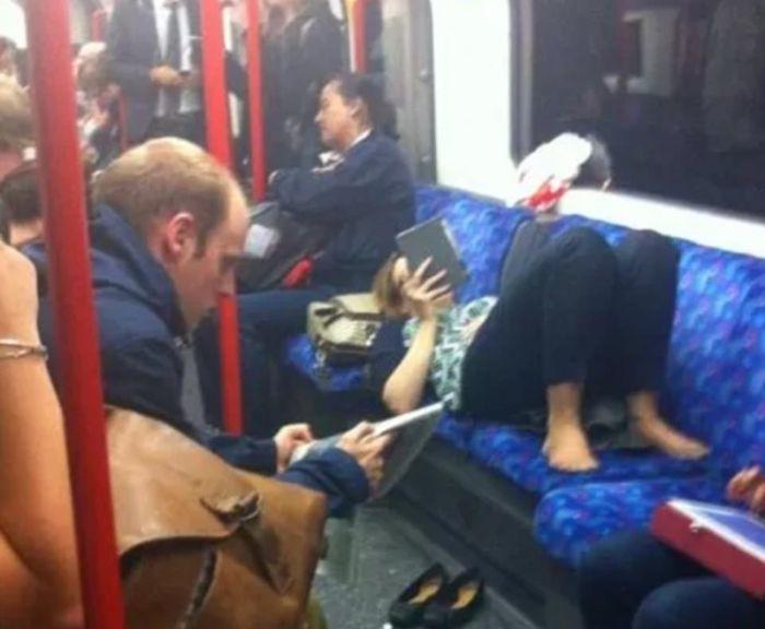 What It Looks Like When Women Start Femspreading On Public Transportation (16 pics)