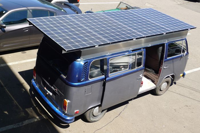 VW Van Runs On Solar Power (9 pics)