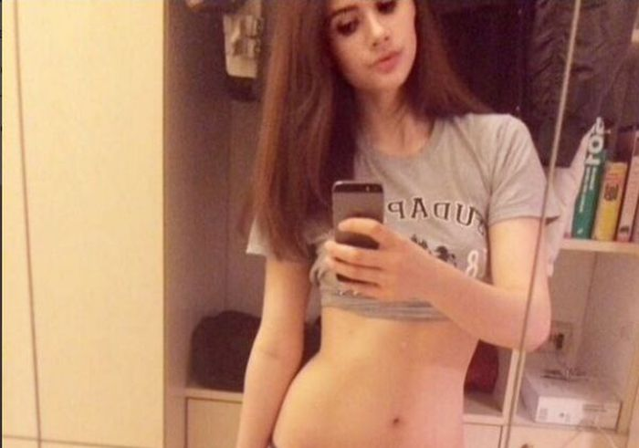 German Teen Selling Her Virginity To The Highest Bidder (5 pics)
