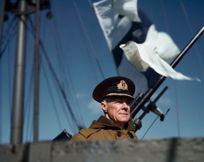 Vintage Photos Of An Atlantic Convoy From 1941 (32 pics)