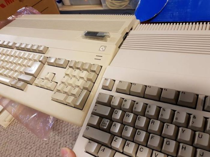 Gamer Guy Finds An Awesome Collection On Craigslist (36 pics)