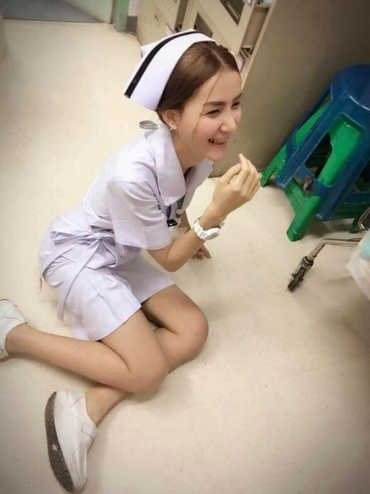 Hot Nurse Claims She Was Forced To Quit Her Job (10 pics)