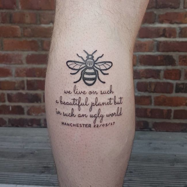 UK Residents Honor Victims Of The Manchester Attack (10 pics)