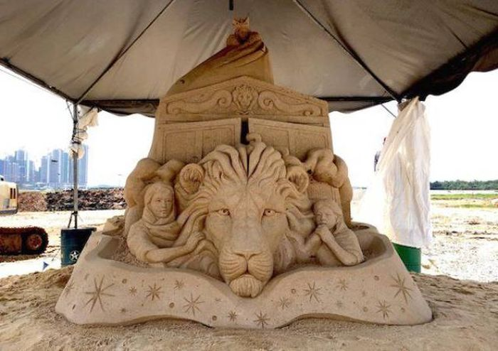 How Is It Even Possible To Make Such Things Out Of Sand?! (22 pics)