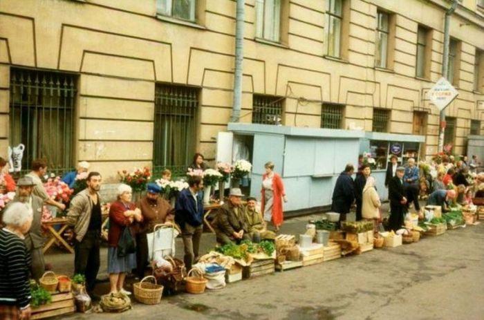 Vintage Photos Show The Markets Of The Soviet Union (26 pics)