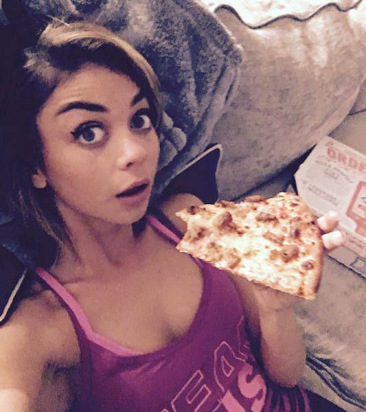 Modern Family Star Sarah Hyland Reacts To Body Shamers (16 pics)