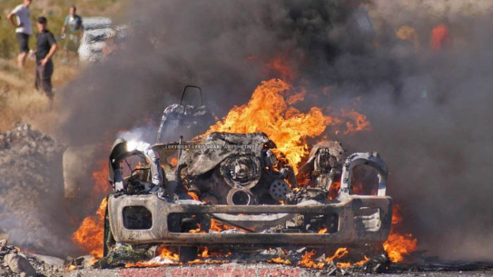 Ford F-Series Super Duty Prototype Burns To The Ground (25 pics)