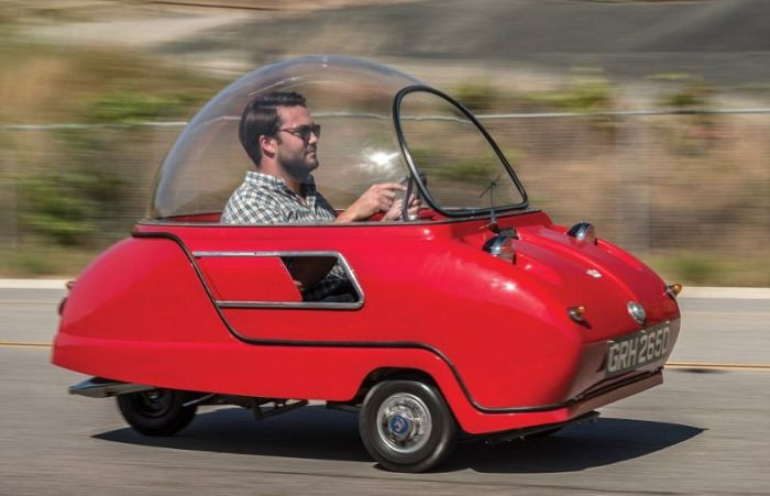 The Peel Trident Is An Awkward Looking Vehicle (6 pics)