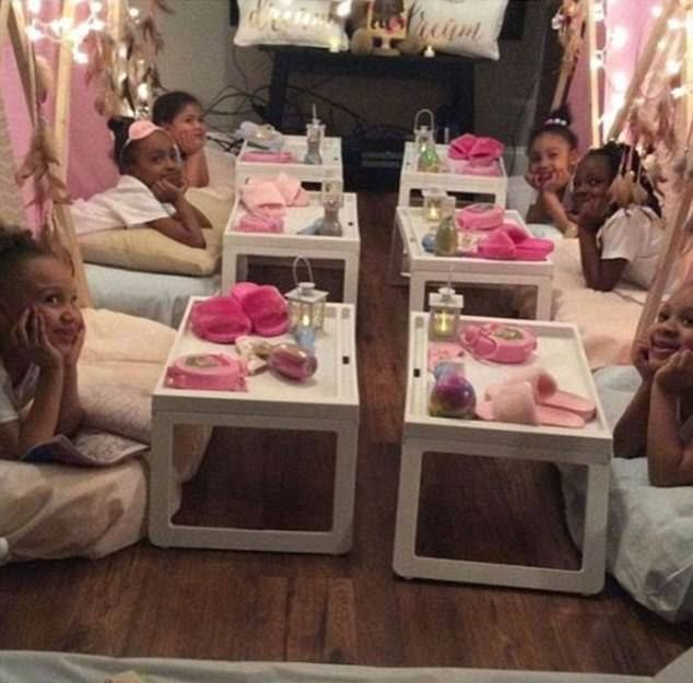 These Parents Took Pajama Parties To The Next Level (12 pics)