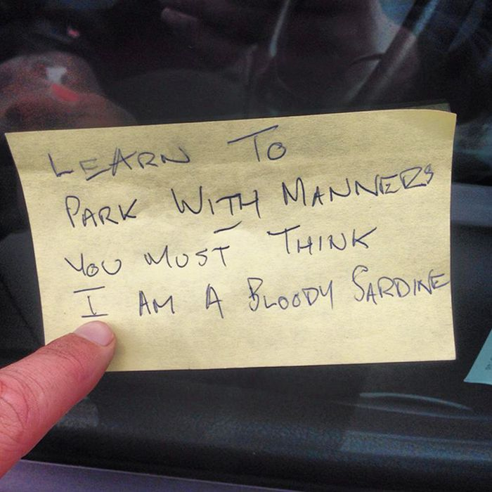 People Who Suck At Parking Share Hilarious Notes They've Received (45 pics)