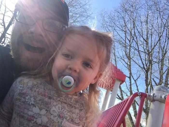 Dad Takes Parenting To A Wild Level And Internet Is On Board With Him (5 pics)