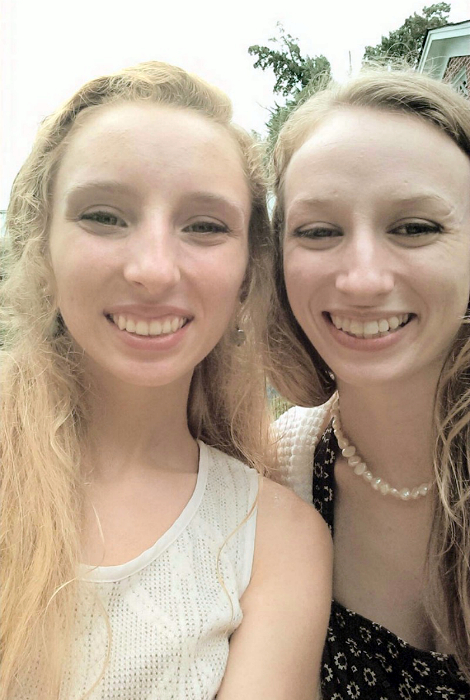 17 Pairs Of People Who Found Their Doppelgangers (17 pics)