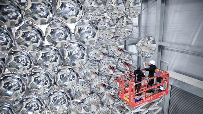Germans Switch On The Largest Artificial Sun (7 pics)