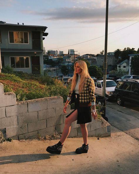 Ireland Baldwin Shares Racy Photos On Instagram (15 pics)