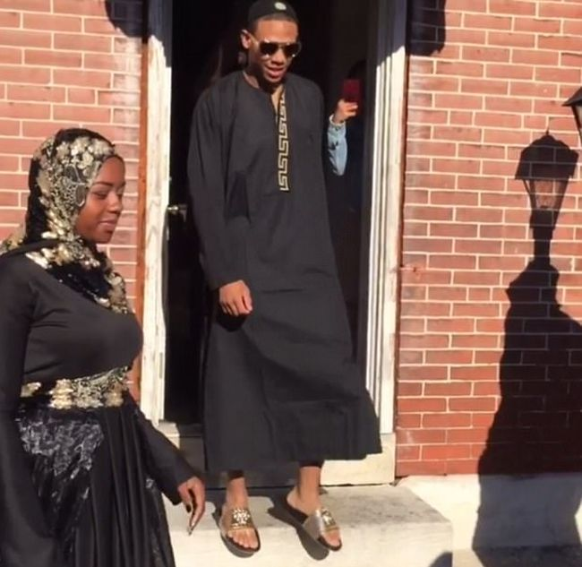 Mother Spends $25,000 On Her Son's Dubai Themed Prom Send Off (6 pics)