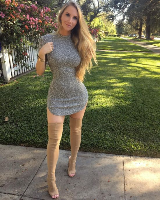 Instagram Star Amanda Lee Is Making A Lot Of Money (20 pics)