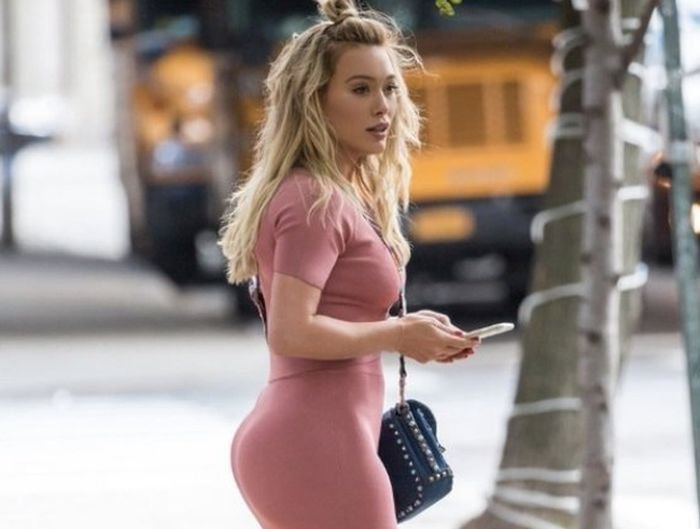 The Internet Just Realized That Hilary Duff Is Thick And Sexy (9 pics)