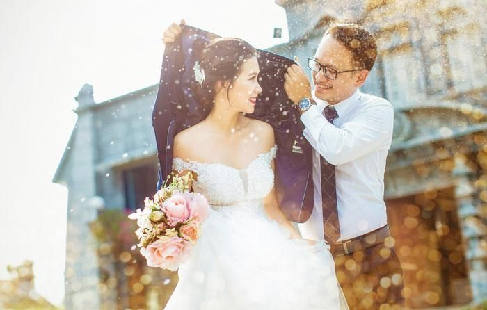 Fancy Wedding Photo Gets Exposed (2 pics)