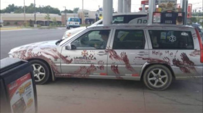 The Most Awkward Cars To Ever Hit The Road (43 pics)