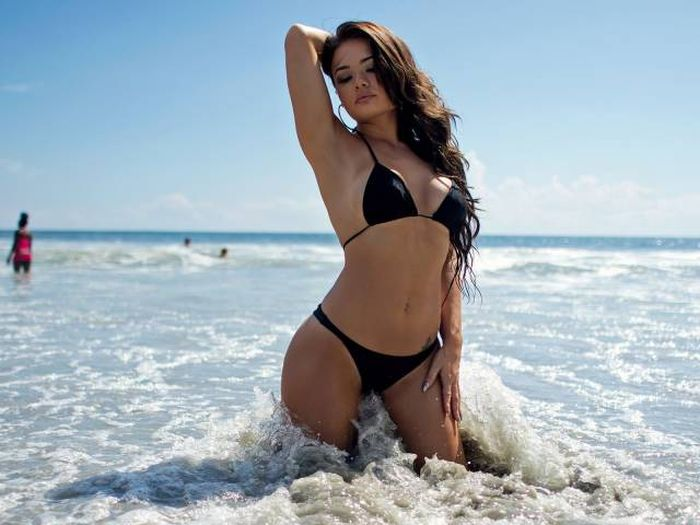 These Girls Are Ready To Drive You Crazy With Their Bikinis (40 pics)
