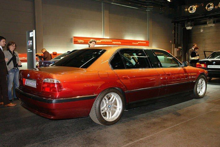 Check Out This Extended Version Of The BMW E38 (8 pics)