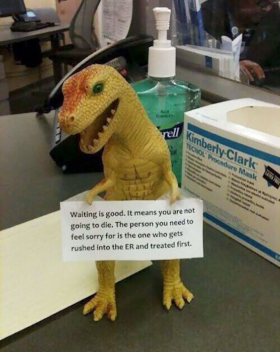 Hilarious Things Spotted At The Doctor's Office (20 pics)