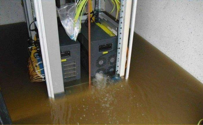 These People Should Never Touch Anything Technology-Related Again (25 pics)