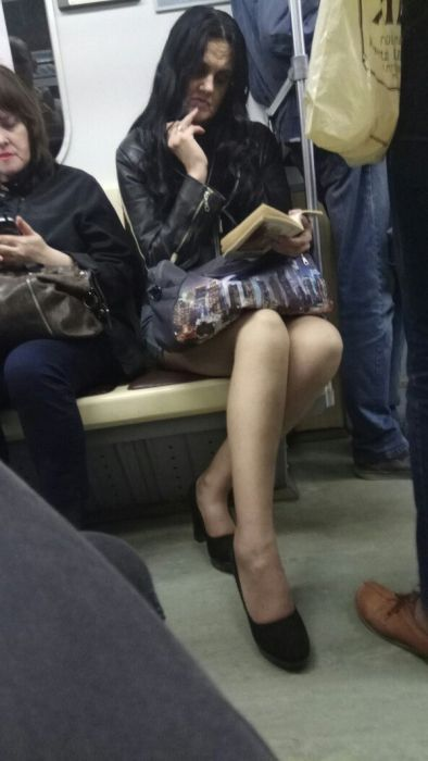 Fashion From The Russian Metro Is A Little Shocking (33 pics)