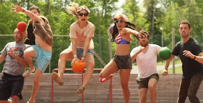 Summer Camp For Adults Is The Best Thing Ever (7 pics)