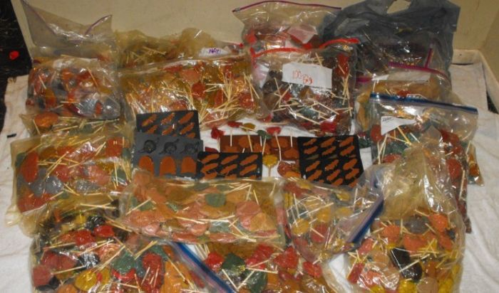 Texas Police Find 600 Pounds Of Lollipops Laced With Meth (5 pics)