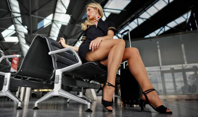 Ladies With Long Sexy Legs Are The Best (39 pics)