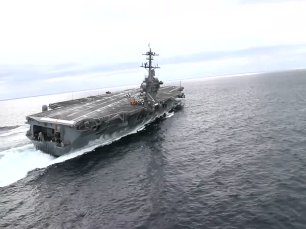 USS Abraham Lincoln Extreme High Speed